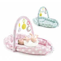 BETWEEN PARENTS BABY BED WITH TOYS
